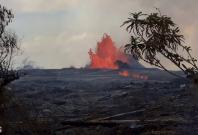 watch-mesmerizing-footage-of-fast-flowing-lava-flow-from-kilauea-volcano
