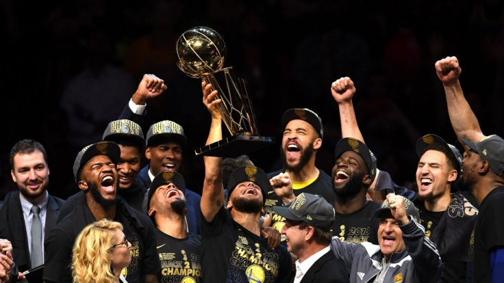 golden-state-fans-celebrate-nba-championship-win