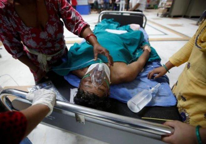 Bus crash kills 33 in Nepal