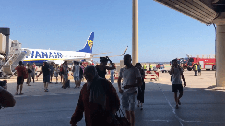 ryanair-plane-evacuated-after-mobile-device-bursts-into-flames