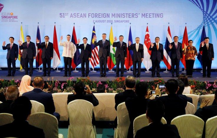 Singapore's Prime Minister Lee Hsien Loong and ASEAN foreign ministers pose for a group photo during the opening ceremony of the 51st ASEAN Foreign Ministers' Meeting in Singapore August 2, 2018.