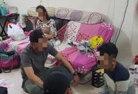CNB officers interviewing 25-year-old male suspected drug trafficker at a unit in vicinity of Telok Blangah Crescent on 29 August 2018.  A three-month-old baby was in the unit with the mother, a 24-year-old suspected drug abuser.