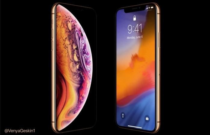 Apple iPhone XS looks gorgeous in gold shade