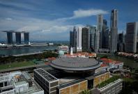 "Singapore ""haze"" crisis improves, returns to moderate range"