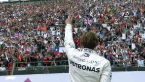 Lewis Hamilton Wins Fifth World Title