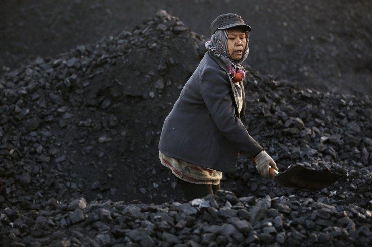 China coal mines closing down