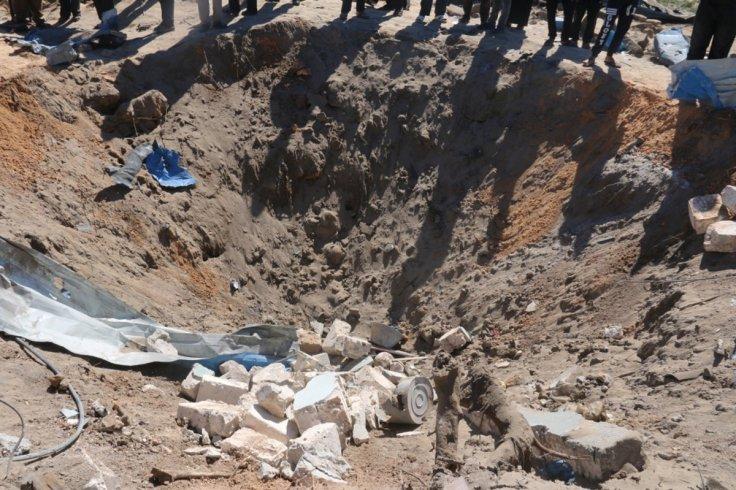 US air strikes on libya Isis targets kill 40
