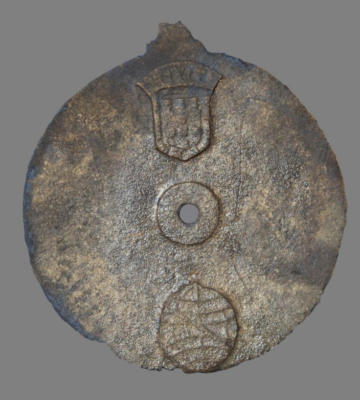 Guinness World Records have independently certified an astrolabe excavated from the wreck site of a Portuguese Armada Ship that was part of Vasco da Gama's second voyage to India in 1502-1503 as the oldest in the world, and have separately certified a shi