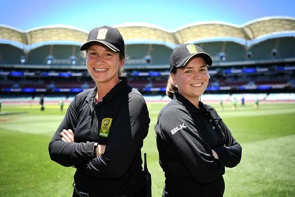 Polosak and Sheridan made history by umpiring during a WBBL matchTwitter/Cricket Australia