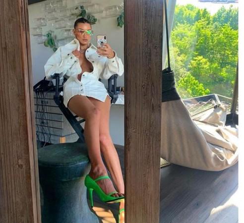 Bella HadidBella Hadid Official Instagram (bellahadid)