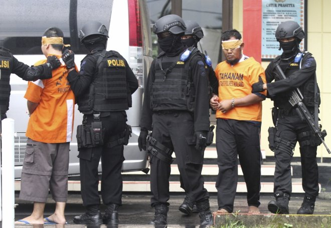 Singapore arrests and deports 4 indonesian militants travelling to Syria