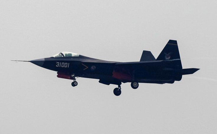 China A J-31 stealth fighter
