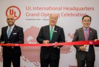 From left to right: Sajeev Jesudas, President of UL International, Keith Williams, CEO of UL LLC, Dr. Beh Swan Gin, Chairman of Singapore Economic Development Board (EDB) at the opening ceremony of UL's international headquarters
