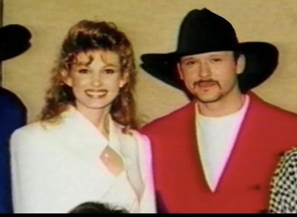 Tim McGraw with wife