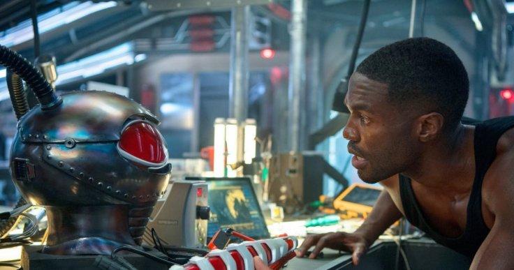 Aquaman Black Manta helmet Yahya Abdul-Mateen II