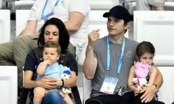 Ashton Kutcher Mila Kunis With Kids