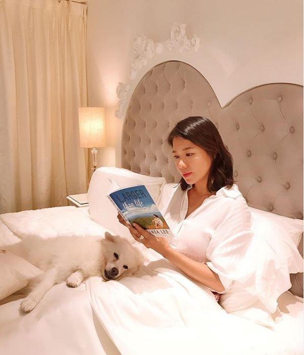 S'porean actress-host Belinda Lee