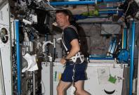 astronaut exercise