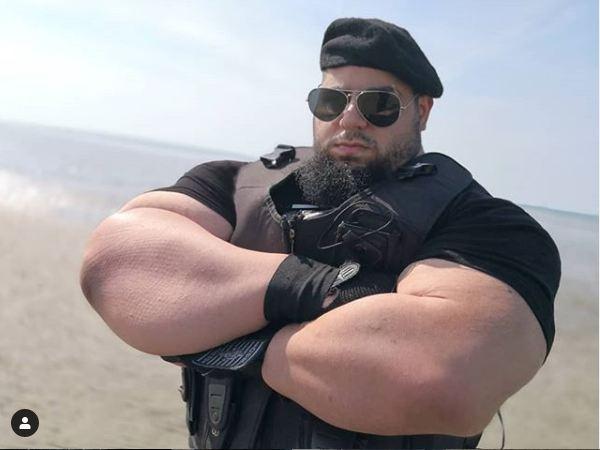 Iranian Hulk Sajad Gharibi