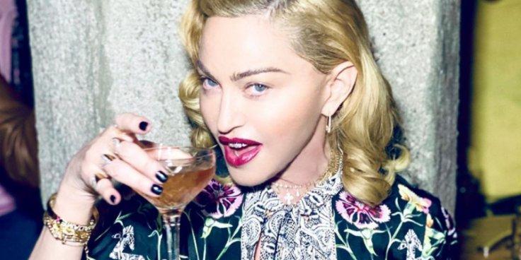 Madonna drinks urine to heal bruises.