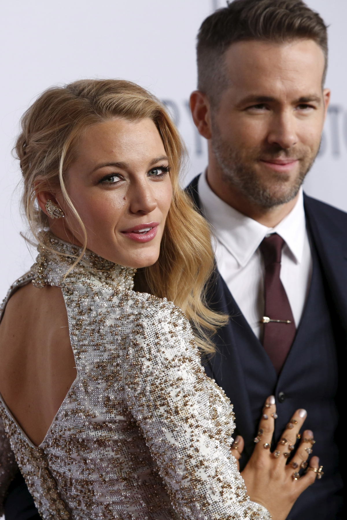 who is blake lively dating 2012 Lively said herself in a 2012 interview with elle that she's selective about who she dates— and clearly, that approach has served her well keep reading for your full guide to blake lively's.