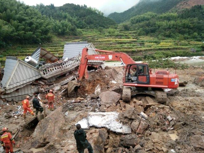 China landslides kill at least 8, still 19 people missing