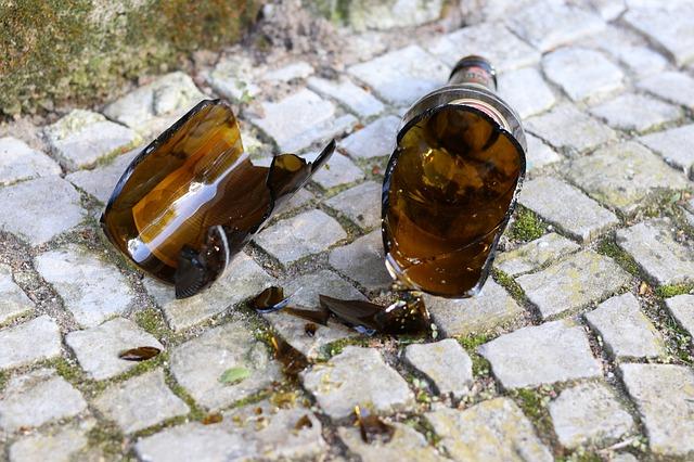 Smashed beer bottle