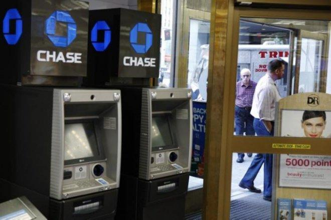 JPMorgan prepares to pull Chase ATMs from Walgreens stores