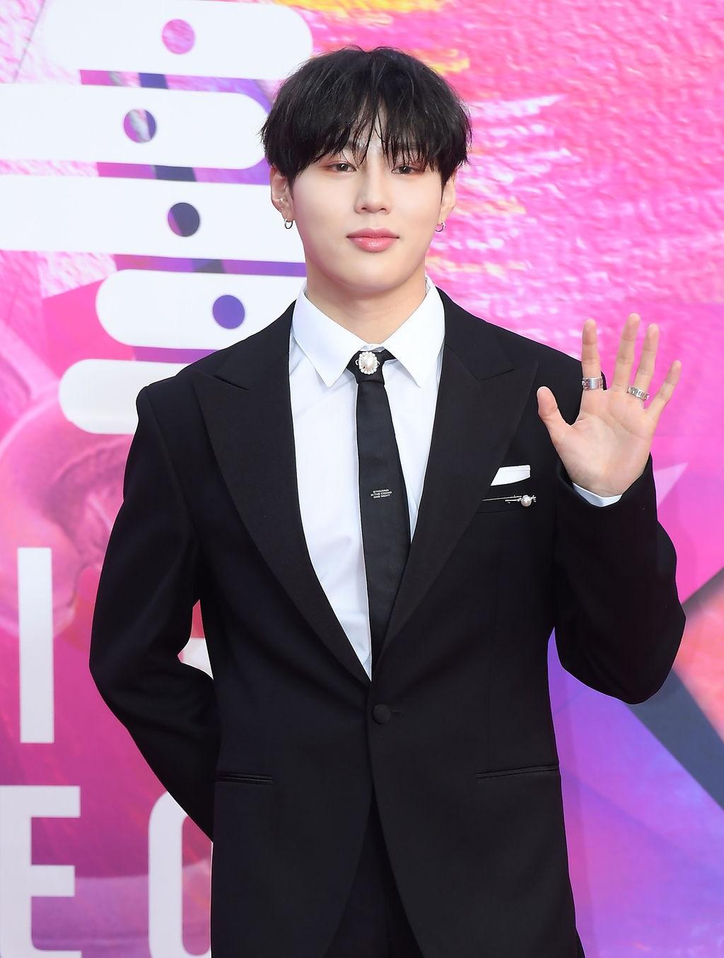 Ha Sung Woo