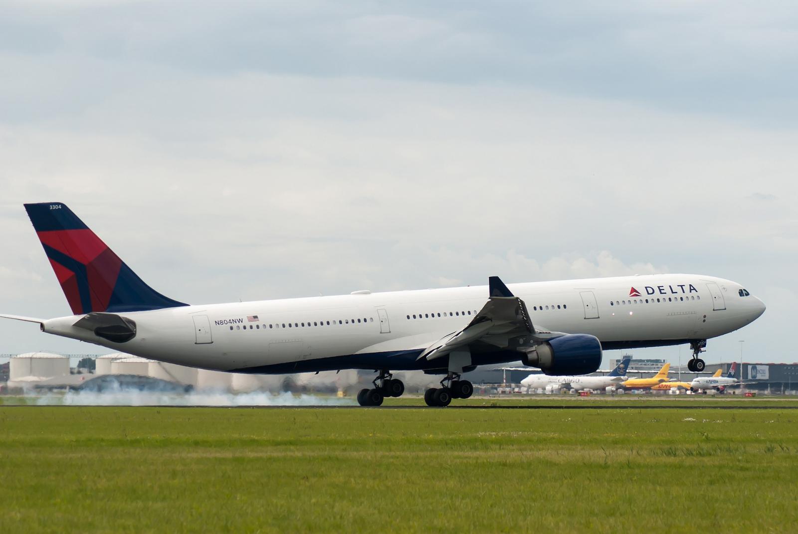 Delta Announces $1 Billion Program To Become Carbon Neutral