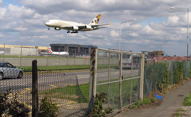 Plane battles storm winds as it lands at London`s Heathrow airport