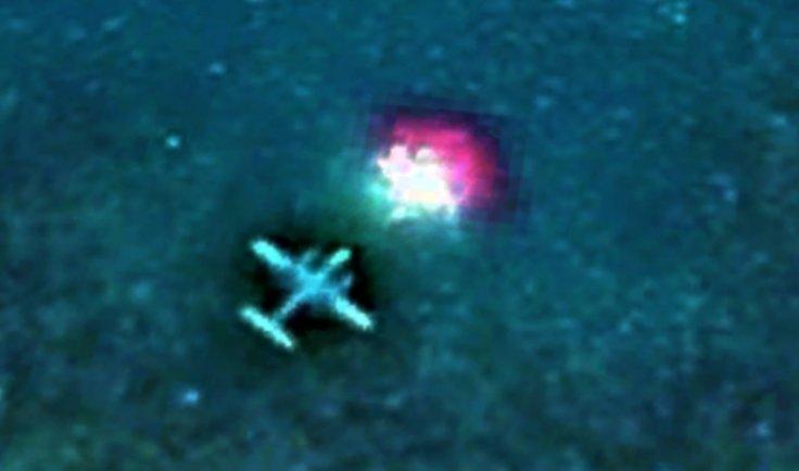 UFO abducting airplane