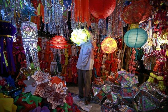 India braces for the upcoming Diwali celebration (PICTURES)