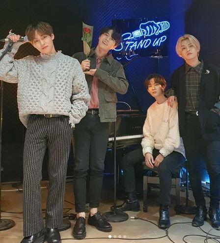 The Rose Kpop band