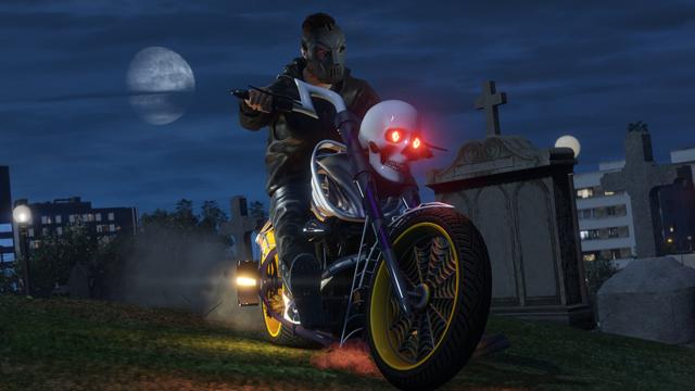 The skull-studded LCC Sanctus aka Halloween bike