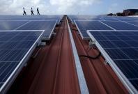 Singapore steps up alternative energy by feeding solar power into general grid