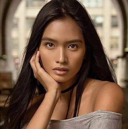 Janine Tugonon poses naked for 2017 calendar shoot