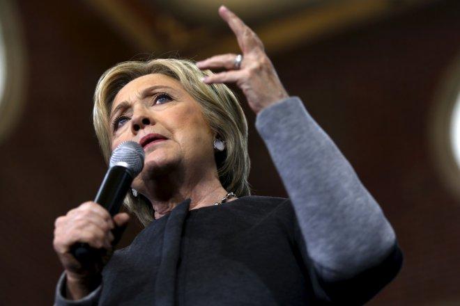 Super Tuesday: Clinton wins Georgia and Virginia, Trump set to sweep major states