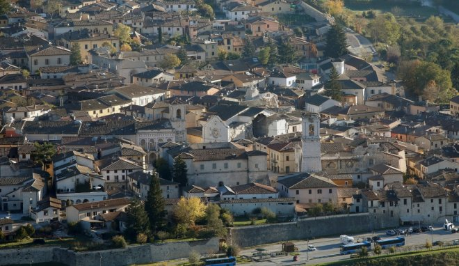 Italy earthquake: More tremors expected as Apennine fault system sets off domino effect
