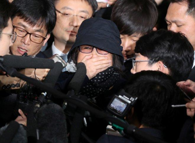 Who is Choi Soon-sil? How is she involved in South Korean President Park's political crisis