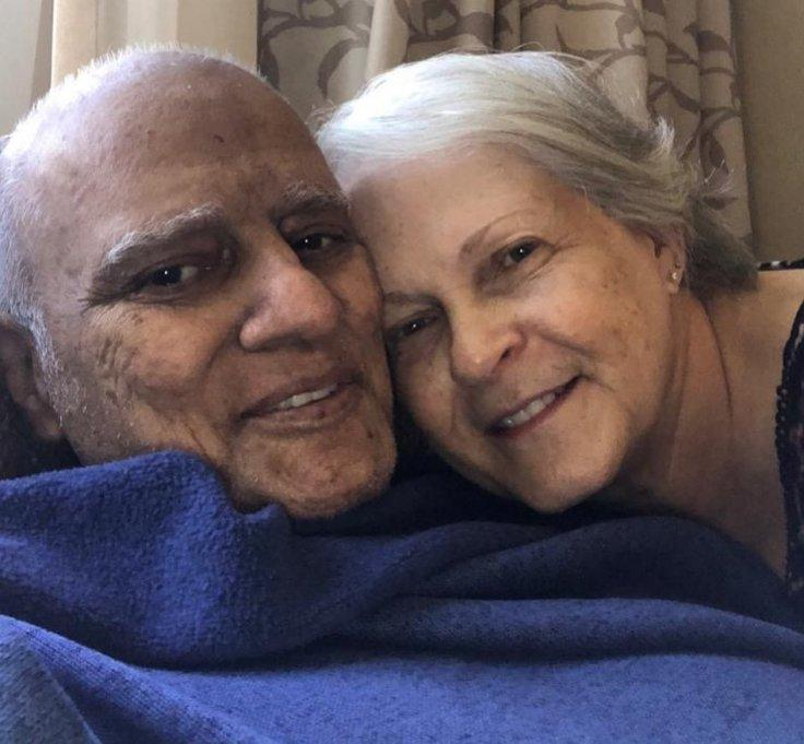 Last Picture of Ravi Zacharias with wife