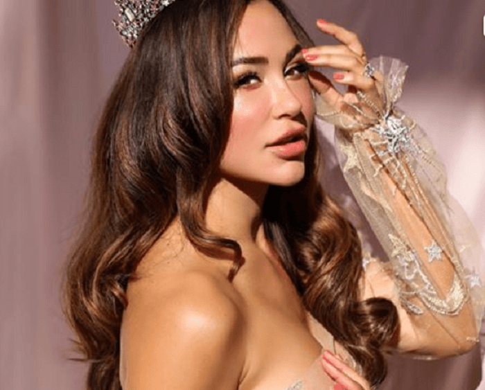 Ana Cheri takes over fans on internet