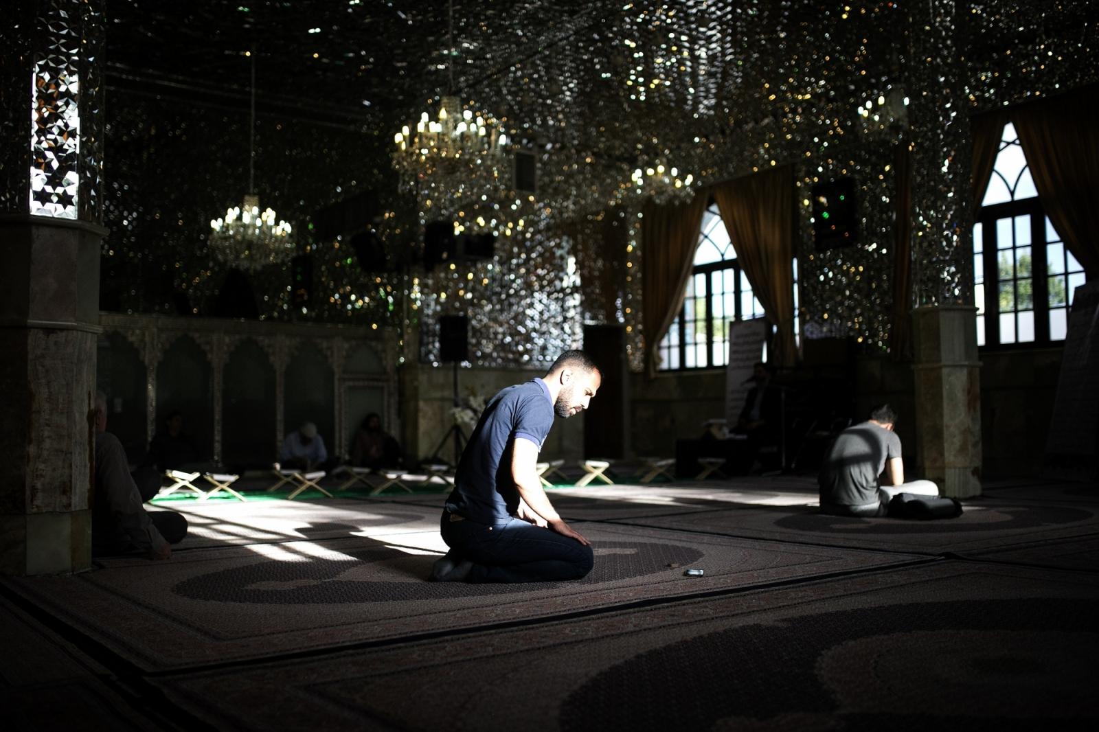 Jerusalem's Al Aqsa Mosque Reopens after 2 Months