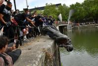 Statue of Edward Colston thrown into Bristol Harbour