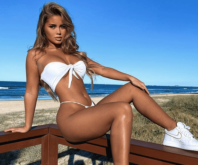 Tarsha Whitmore looks smoking hot on Instagram