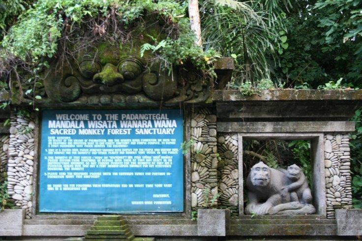 Bali_Indonesia_Ubud_Monkey_Forest_welcome_sign