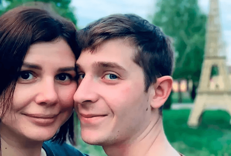 Russian Blogger marries stepson