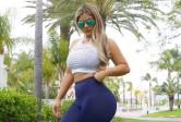 Jojo Babie Flaunts Butts