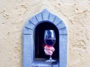 Wine Windows in Italy