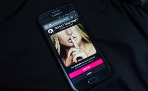 Compromised sites include video sex-chat site cams.com and Adultfriendfinder